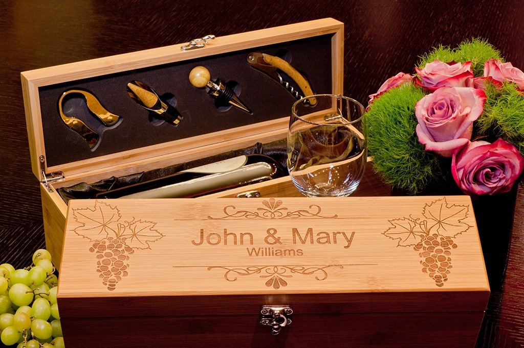 Wedding Gift For A Couple: Bamboo Wine Gift For Couple, Personalized Wedding Gift